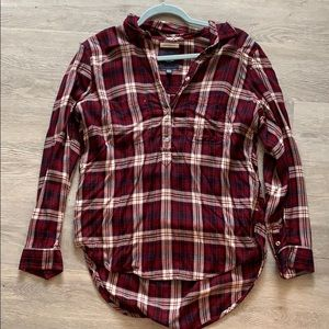Boyfriend Fit American Eagle Red Plaid Top